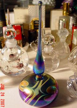El hilo del Perfume - Página 2 07-01-irridescentdrop