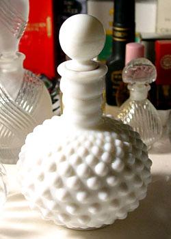 El hilo del Perfume 07-01-whitehobnob