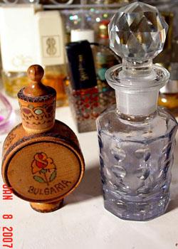 El hilo del Perfume 07-1-8-bulgariabottle