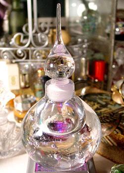 El hilo del Perfume 07-1-8-crystaldrop