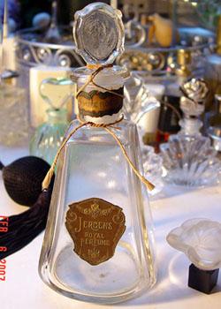 El hilo del Perfume 07-2-6-jergensbottle