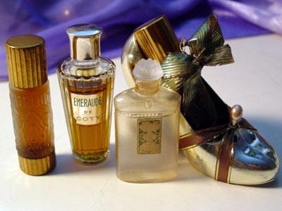 El hilo del Perfume G-emeraude