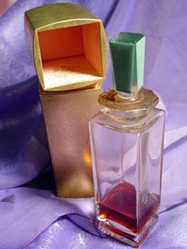 El hilo del Perfume L-baccarat-CaronPoisedeSenteur1